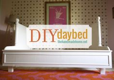 Diy Furniture : DIY Daybed: Such a cute bed!