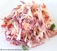 Awesome fresh coleslaw slimming world style Superbe salade de chou fraîche style minceur Slimming World Snacks, Slimming World Syns, Slimming World Recipes, Slimming Eats, Sliming World, Sw Meals, Fresco, Cooking Recipes, Healthy Recipes