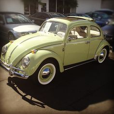 {{{ I WANT!! }}}1962 VW Beetle soft top sun roof - a classic in fabulous condition. 33,480 miles with records. by Brew's Pic's, via Flickr