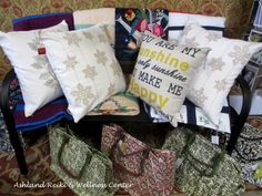 Pillows and quilts to freshen your home decor! Wellness Center, Reiki, Throw Pillows, Quilts, Knitting, Sewing, Street, How To Make, Home Decor