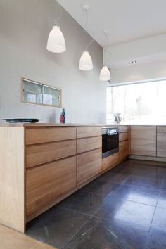 timber base cupboards with solid timber benchtop