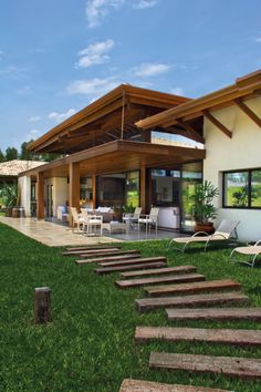 Precious Tips for Outdoor Gardens - Modern Tropical Architecture, Architecture Design, Outdoor Walls, Outdoor Living, Future House, My House, Villa, Backyard, Patio