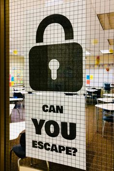 Escape Rooms in the Classroom - ESCAPE ROOMS! Read this post to get tips on planning a successful escape room in your classroom! Escape The Classroom, Middle School Classroom, Classroom Games, Science Classroom, Classroom Organization, Middle School Games, Future Classroom, Classroom Ideas, Escape Room