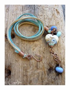 Blue Wave Heart Trinity Wrap by TheCopperstoneForge on Etsy 18€  #jewellery #jewelry #beads #glass #lampwork #wirework #handmade