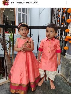 brother sister designer pink qurta with pink zardosi work lehenga To inquire whatsapp 918888328116 or ethnicdiagmailcom Twin Girls Outfits, Baby Boy Outfits, Kids Outfits, Kids Dress Wear, Kids Wear, Mom Daughter Matching Dresses, Baby Frock Pattern, Kids Frocks Design, Girls Smocked Dresses