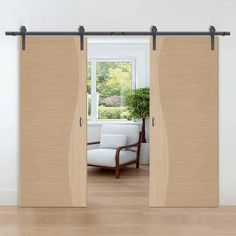 A fantastic range of Thruslide Traditional interior sliding doors in oak, walnut, and white finished. Internal Sliding Doors, Barn Style Sliding Doors, Sliding Door Track, Sliding Door Systems, Flush Doors, Traditional Interior, White Doors, Ceiling Height, Puertas