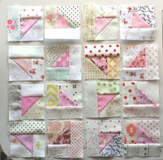 Sew Me Something Good: Scrappy Triangles Quilt Block Tutorial Colchas Quilt, Crumb Quilt, Scrappy Quilt Patterns, Scrappy Quilts, Patchwork Quilting, Easy Quilts, Mini Quilts, Diy Quilting, Quilting Ideas