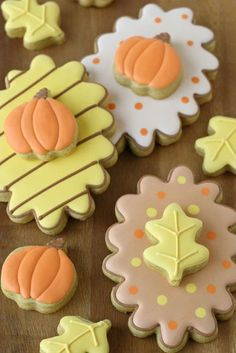 These multipurpose cookies can be made before and after Halloween. Get your kids to join in on the fun making these double-decker fall decorated cookies. Pumpkin Spice Cookie Recipe, Cut Out Cookie Recipe, Cut Out Cookies, Cute Cookies, Cupcake Cookies, Fall Decorated Cookies, Fall Cookies, Iced Cookies, Sugar Cookies