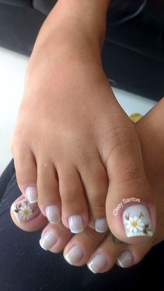 French Pedicure Designs Flower Tips 63 Ideas French Pedicure Designs, Toenail Art Designs, Flower Pedicure Designs, Pretty Toe Nails, Cute Toe Nails, Pedicure Nail Art, Toe Nail Art, French Nails, French Toes