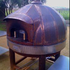 Pizza oven in copper