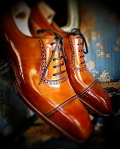 Handmade leather shoes for sale Handmade Leather Shoes, Leather And Lace, Leather Dress Shoes, Lace Up Shoes, Sock Shoes, Shoe Boots, Gents Shoes, Shoes Men, King Shoes