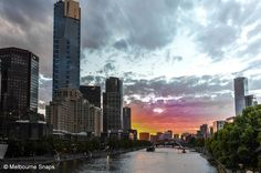 The sun sets on another day in marvelous Melbourne.