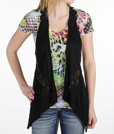 Daytrip Floral Lace Vest (Buckle), cover up your gun bump with this lightweight and super comfortable vest. Thanks to one of my followers for brining this to my attention. She wears it with an IWB.