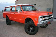 custom chevy suburban | AllClassicCars: 1970 Chevrolet Suburban Custom