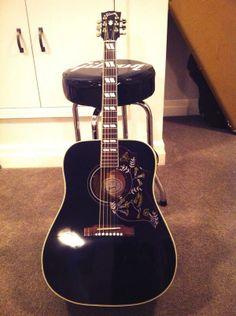Gibson Ebony Hummingbird