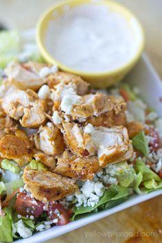 Buffalo Chicken Salad on http://lilluna.com