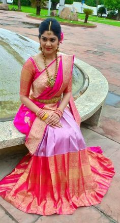 Want to check out best pink wedding saree designs? Here are sarees that you can take as inspirations. Half Saree Designs, Silk Saree Blouse Designs, Bridal Blouse Designs, South Indian Wedding Saree, South Indian Bride, Wedding Sarees, Indian Bridal, Kanchipuram Saree Wedding, Indian Dresses