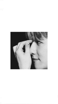 Baekhyun Wallpaper, Exo Lockscreen, Boy Idols, Chanbaek, Suho, Kpop, Krystal, Berry, Wallpapers
