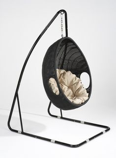 hanging egg chair on pinterest egg chair arne jacobsen and bubble chair. Black Bedroom Furniture Sets. Home Design Ideas