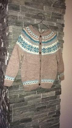 Str. 6 år. Nancy kofte Fair Isle Chart, Knit Patterns, Warm And Cozy, Charts, Men Sweater, Knitting, Sweaters, Color, Fashion