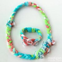 Tie-Dye Necklace and Bracelet by Shannon