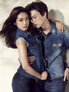 Park Shin Hye and model/actor Ahn Jae Hyun must have melted a lot of cameras with their intense heat and chemistry shown through their new photoshoot for 'Jambangee'