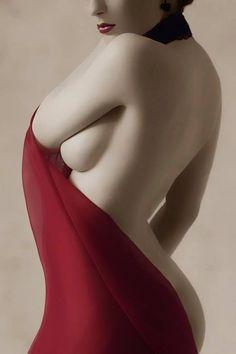 imagenes de hombres artistas desnudos la pasion erotica