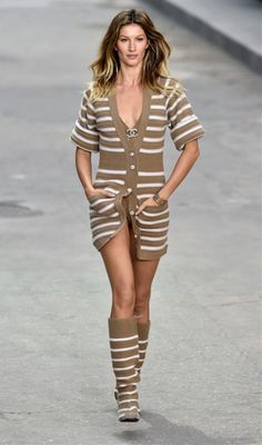 Gisele in Chanel 2015 S/S collection