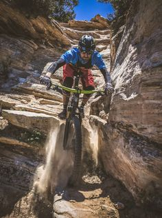 MTB Dating is the dating site for singles with a passion for mountain biking. Shred the mountain bike trails together; join now for free & start dating! Mountain Biking, Freeride Mountain Bike, Mountian Bike, Mtb Trails, Bike Art, Mtb Bike, Road Cycling, Plein Air, Bike Life