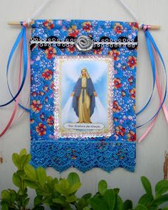 DIY wall hanging -  so pretty. Beautiful Virgin Mary wall art - great for a Mary altar. So pretty - I think I could do something like that.