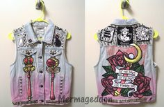 I finished my punk Sailor Moon vest a while ago and forgot to post! Here's the final result.
