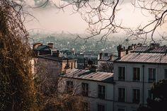 Vistas de Paris. En realidad y aunque ponga muchas fotos no me gustó mucho, para unos dias haciendo fotitos y turismo esta bien, pero creo que debe ser la ciudad menos acogedora del mundo, pobres parisinos. . . . #photography #travelling #travelphotography #travel #heaven #art #arte #filmaker #camera #photographer #viaje #huelva #fotografo #trip #lifestyle #canon #5dmarkiv #awesome #man #colour #paris #france #heaven #cielo #atardecer #sunset #building…
