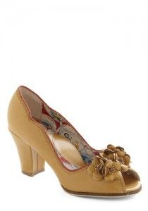 1940's Women's Shoes Style: Modern Vintage 1940's Shoes