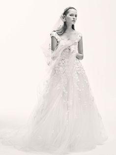 Elie Saab Bridal Spring 2017 Collection Photos - Vogue