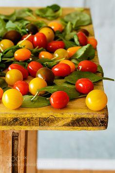 Tomatoes by RaquelCarmonaRomero