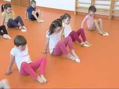Újhartyáni óvodások lábtornája - YouTube Pe Activities, Gross Motor Activities, Gross Motor Skills, Kindergarten Classroom Setup, Crossfit Kids, Foot Exercises, Sensory Integration, Special Education, Kids Playing