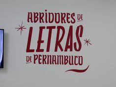 Tipografia ou Lettering? Mostra ABRIDORES DE LETRAS DE PERNAMBUCO no SESC Campo Limpo