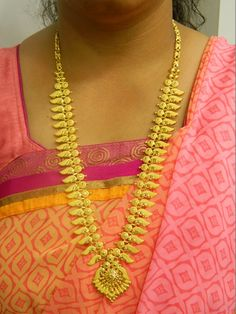 Necklaces / Harams - Gold Jewellery Necklaces / Harams at USD Gold Earrings Designs, Gold Jewellery Design, Diamond Jewellery, Gold Designs, Bridal Jewellery, Necklace Designs, Gold Jewelry Simple, White Gold Jewelry, Kerala Jewellery