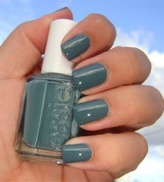 essie's school of hard rocks.. love this color!