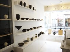 Japanese pottery gallery on Marylebone High Street Japanese Ceramics, Japanese Pottery, Ceramic Store, Shop Shelving, Minimalist Dining Room, Pottery Shop, Retail Store Design, Store Interiors, Ceramic Studio