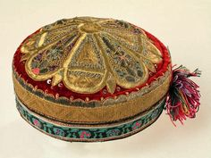 embroidered hats for a woman, Uzbekistan, Bukhara, - Museum of Applied Arts (Tashkent) Renaissance Hat, Hat Embroidery, Clothing And Textile, Embroidered Hats, Gold Work, Hair Ornaments, Historical Clothing, Fashion History, Headdress