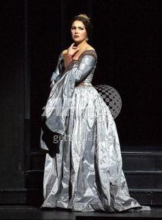 Anna Netrebko in Donizetti's Anna Bolena.
