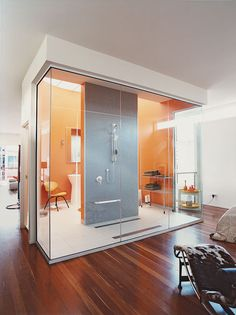 """Slideshow: 10 Tips for Clutter-Free Bathrooms 