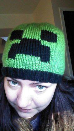 Minecraft Creeper Hat knitting pattern by AbbyMayKnits on Etsy