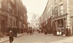 Old Photos, Vintage Photos, Stockport Uk, Local History, Good Day, Street View, Bridge, Old Pictures, Buen Dia