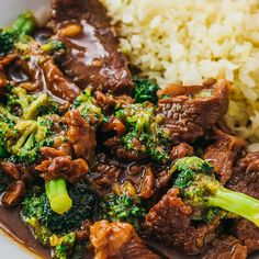 This Instant Pot Beef And Broccoli recipe uses pressure cooking to cook the beef and sauce -- easy, quick, and simple! It's gluten free, and also healthy if you use a sugar free sweetener for low carb / keto diets. I adapted my best authentic Chinese stir fry for the Instapot, and it's similar to Mongolian beef or Panda Express / PF Changs versions. The sauce is made using soy sauce (no cornstarch needed), and you can serve with any kind of rice. #lowcarb #keto #beef