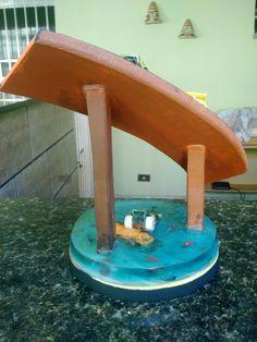 [PIC 2] Hot Wheels diorama feito com resina poliéster e carrinhos sobre uma base de madeira. Esse foi um pequeno projeto feito em casa, qualquer dúvida comente abaixo ^^