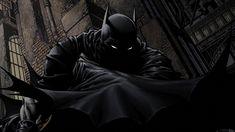 El Caballero de la noche, de disfraz oscuro e identidad desconocida, actuaba fuera de la ley y sin motivos públicamente conocidos. Esto permitirá que muchos desconfíen de su actuación y hasta lo persigan como a un criminal más.