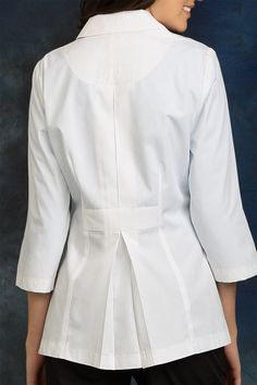 C$ 605.51 New with tags in Ropa, calzado y accesorios, Uniformes y ropa de trabajo, Abrigos de laboratorio Dental Uniforms, Doctor Scrubs, White Lab Coat, Scrubs Uniform, Lab Coats, Medical Scrubs, White Pants, African Dress, Outfits