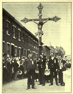 Easter procession of Italian immigrants,near Taylor St., 1903, Chicago.